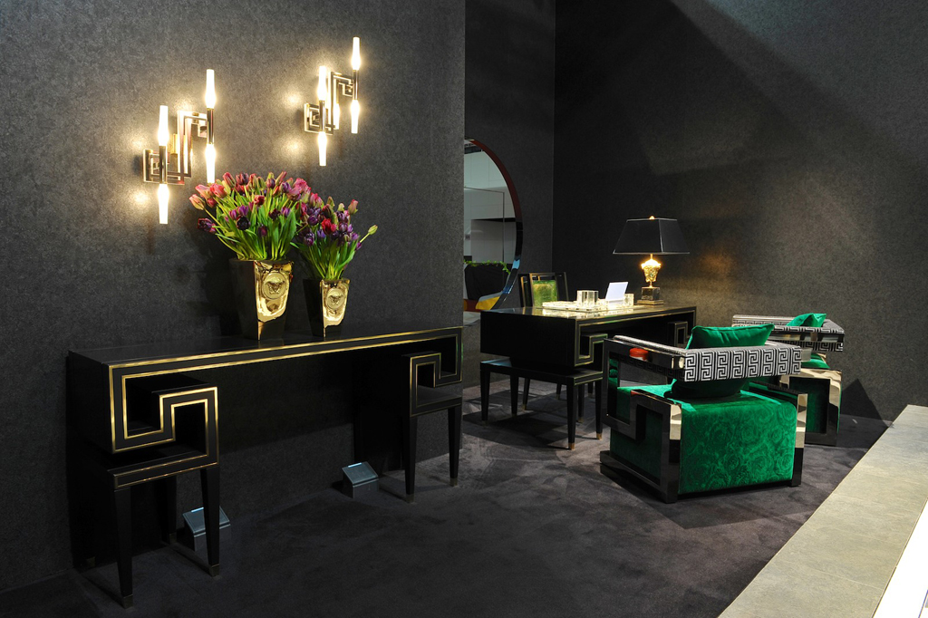 High In Design Premium Furniture Collection Versace Home 2013