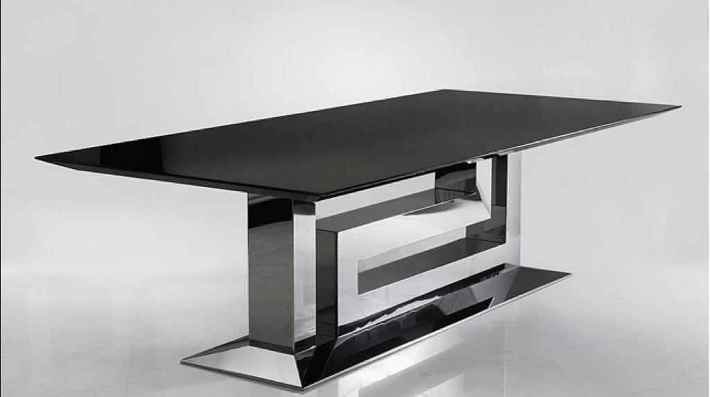 Grande Table  Versace Greca Grand Dining Table
